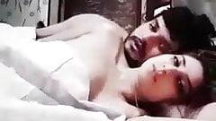 Pakistani Celebrity Leaked MMS