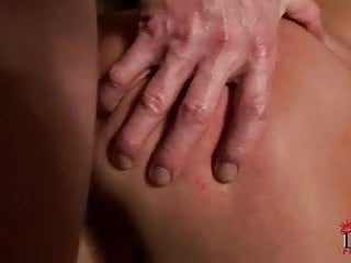 Extreme anal till crying - Brunette crying when painful fucked to anal