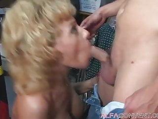 Hunky ass Busty blonde milf fucks hunky dude