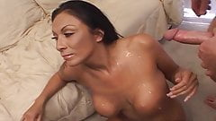 Threesome sex with MILF cunt