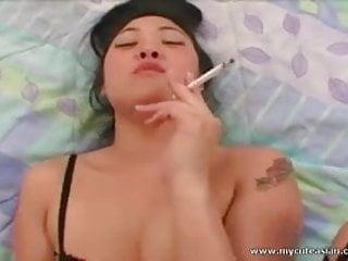 Asian Smoking - Asian Smoking Porn Videos   xHamster