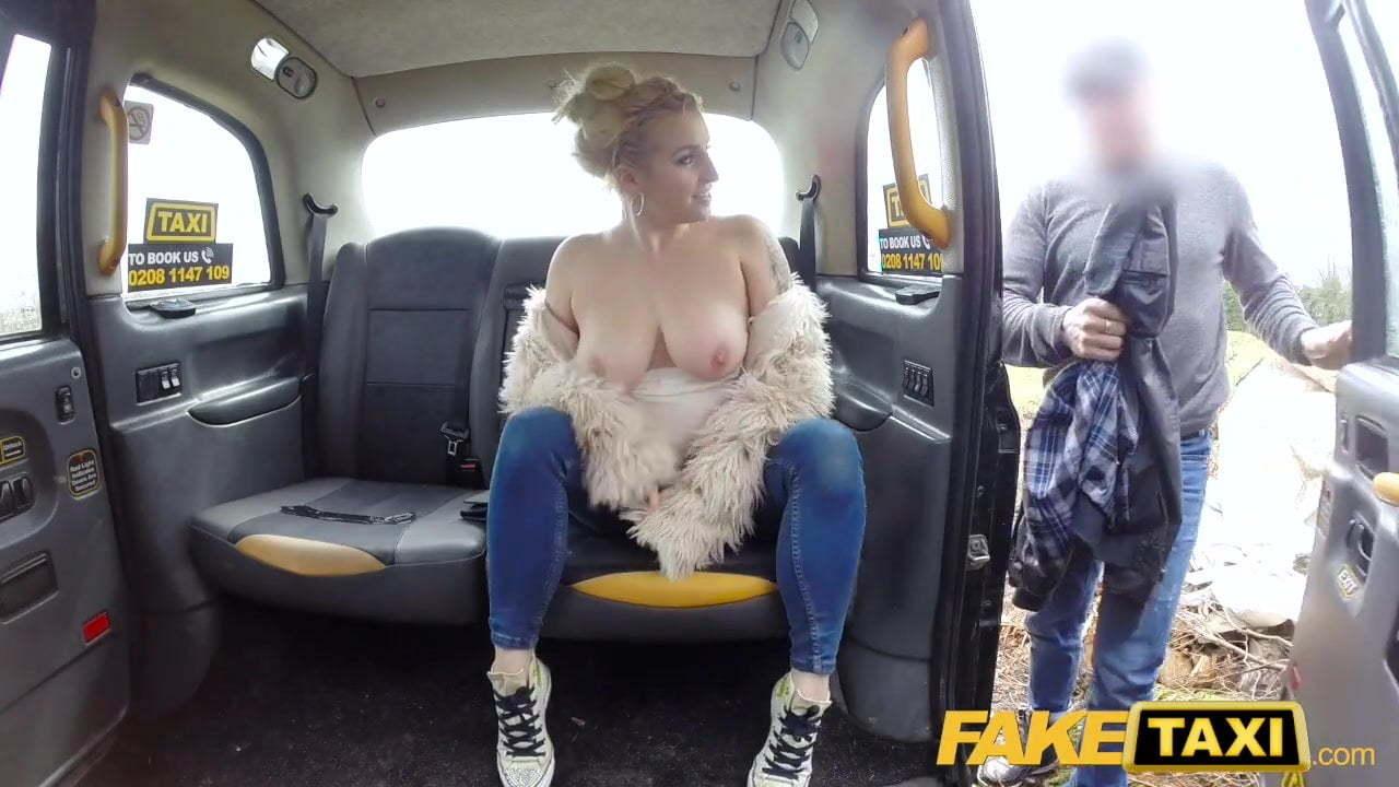 Blonde Fake Tits Webcam