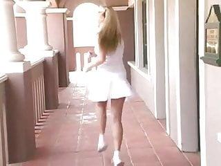 Transvestite mini skirt - Awesome babe in mini skirt