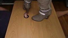 Neue modische Stiefel mit hohem Absatz für den Herbst