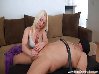 Girlfriend is quiet during sex Cheating girlfriends compares cock during femdom handjob