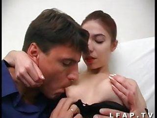 Cul amateur anglais Jeune rouquine francaise se fait ramoner le cul