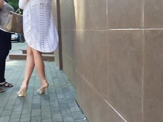 Milf high heels Candid cougar milf high heels