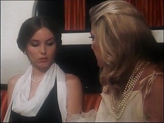 Italian porno films - Il mondo porno di due sorelle: film vintage