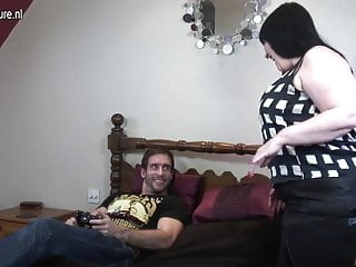 Big mature hard British big mature mother gets good hard fuck