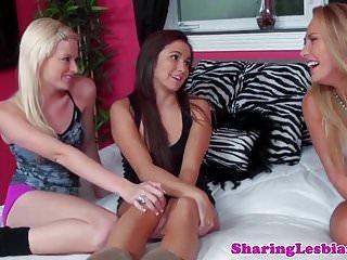 Free videos of threeway wife lesbian - Lesbian threeway with babes licking pussy