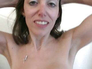Tittie lick - Elo coquine pov