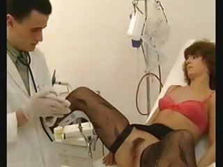 Shamrock latex examination glov - Gynecology examination