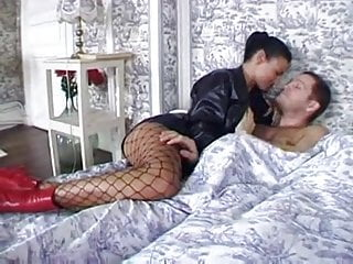 Sucking cock white tigress - Laura angel is sex tigress in threesome