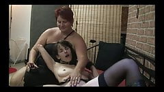Female slave testing fucking machine ...