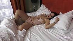 Wanilianna wakes up and masturbates in lingerie