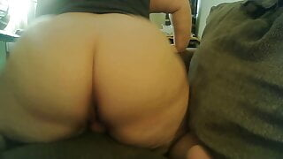 Showing my Asshole then Squirting – Close-up
