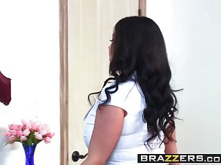 Niicolette sheridan nude Brazzers - mommy got boobs - sheridan love and michael vegas