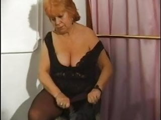 Shemale with dildos Bbw granny pleases herself with dildos