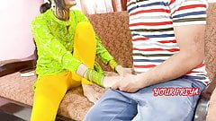 YourPriya behan give first experience to bhai to dump her GF