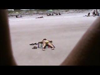 Fat booty teen xxx Quick beach teen crotch shot 41, fat cameltoe big booty