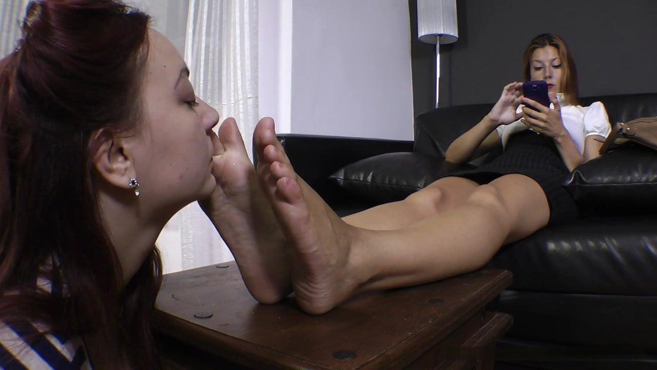 Crossdresser snif feet free sex pics