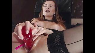 Elisa - Hot Pussyfuck in Stockings