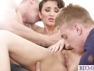 Bi sexual free fucking video - Bi sexual cuckold with hotwife