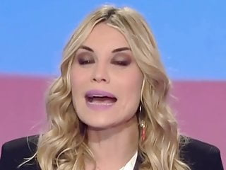 Denise Van Outen  nackt