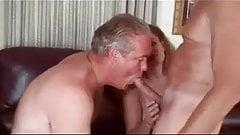 Disfrutando del sexo bi ... mmmmm
