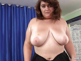 Pleasure show western Bbw maxie pleasure shows off and gets fucked