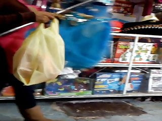 Midget land la jolla - La sabrosa vendedora de la tienda de regalos