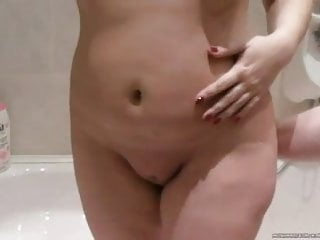 Fecal incontinence anal plug sex toys Homemade, chubby with anal plug swallows cum