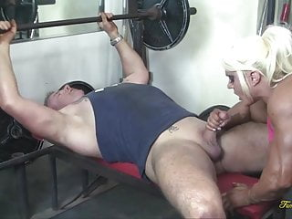 Free muscle woman fucking British muscle woman gets her pussy eaten and fucked