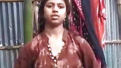 Hot indian girl bathing nude
