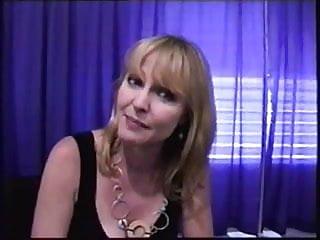 Wilcox  nackt Lisa Tricia Helfer