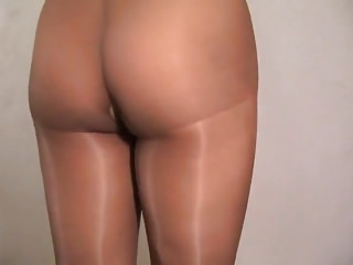 Crossdress skirt pantie ass boy - Crossdresser pantyhose ass no panties 040