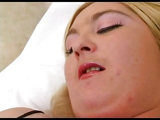 Girl sucking cock getting fucked Fat chubby gf love sucking cock and getting fucked