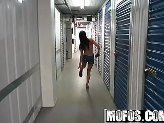 Sexy british streak - Mofos - latina sex tapes - alexa aimes - streaking the stora