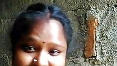 South indian tamil girl shows boob selfie for BF