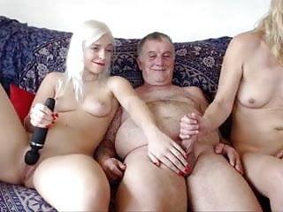 Tapir sex woman Yasli moruk sex oral sex woman