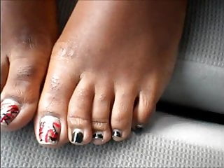 Evs fetish 11 - Eve red and black toenails
