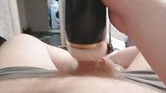 Паренек с бушей-блондинкой кончает в вибрирующем искусственном вагине от первого лица