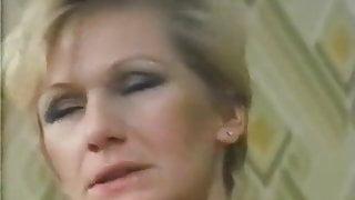 Margot, la pupa della villa accanto (1983)