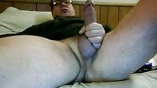 Hung daddy begging to be licked all over