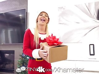 Adult sexy christmas gifts Tiny4k teens merry christmas gift cums early