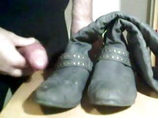 Die wichsen in schuhe Schuhe XXX
