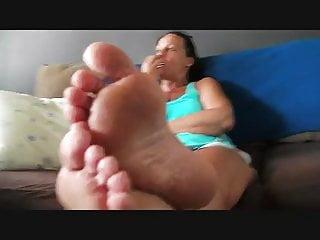 Sexy bare nipple bras Donnas sexy bare feet