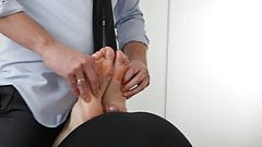 the man fiercely fucked the legs of the girl! And he cums