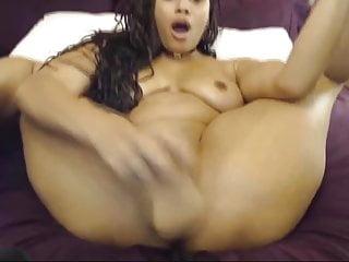 Ebony webcam fuck - Sexy ebony babe fucks creamy tight pussy
