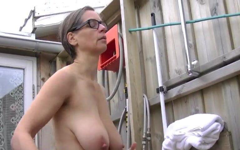 Titten Tina